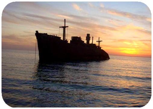 عکس ،ارسالی، کاربران، سایت رسمی مجید اخشابی،کشتی ،یونانی ،جزیره ، کیش ، دریا ،ship ،www.majidakhshabi.com majid akhshabi official website ،Greek , Kish Island,sea