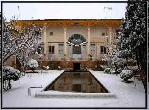 عکس ارسالی کاربران سایت رسمی مجید اخشابی www.majidakhshabi.com خانه قدیمی زمستان برف