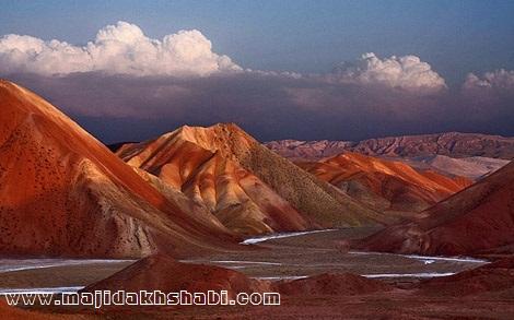 کوههای رنگی «آلاداغلار» در آذربایجان
