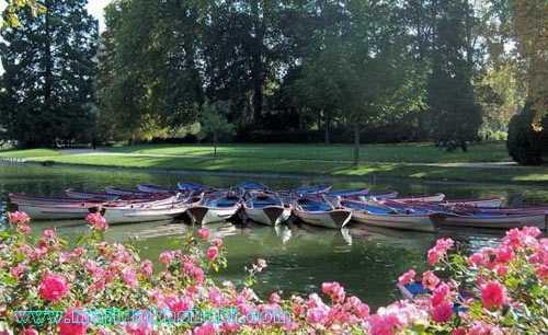 تصویر دریاچه پارک جنگلی بوا دو ونسن در منطقه ۱۸ شهر پاریس