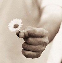 شعر انگلیسی الفبای مهربانی همراه با ترجمه فارسی